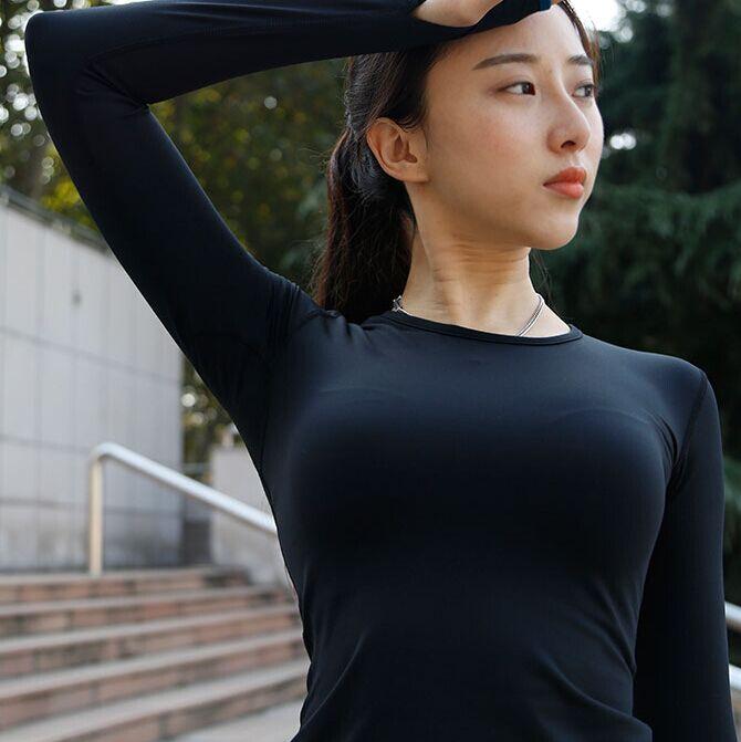 瑜伽美女老师1
