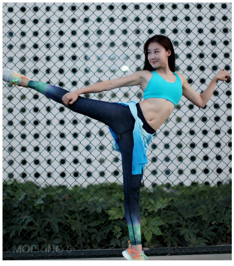 健身美女2