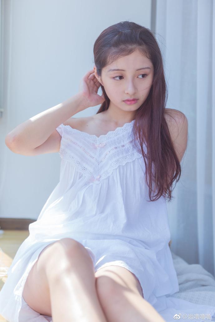 萌妹子秀美腿3