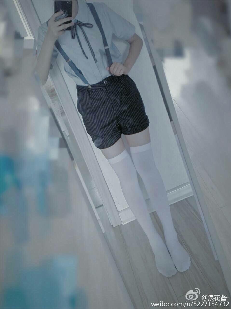 萌妹子秀美腿4