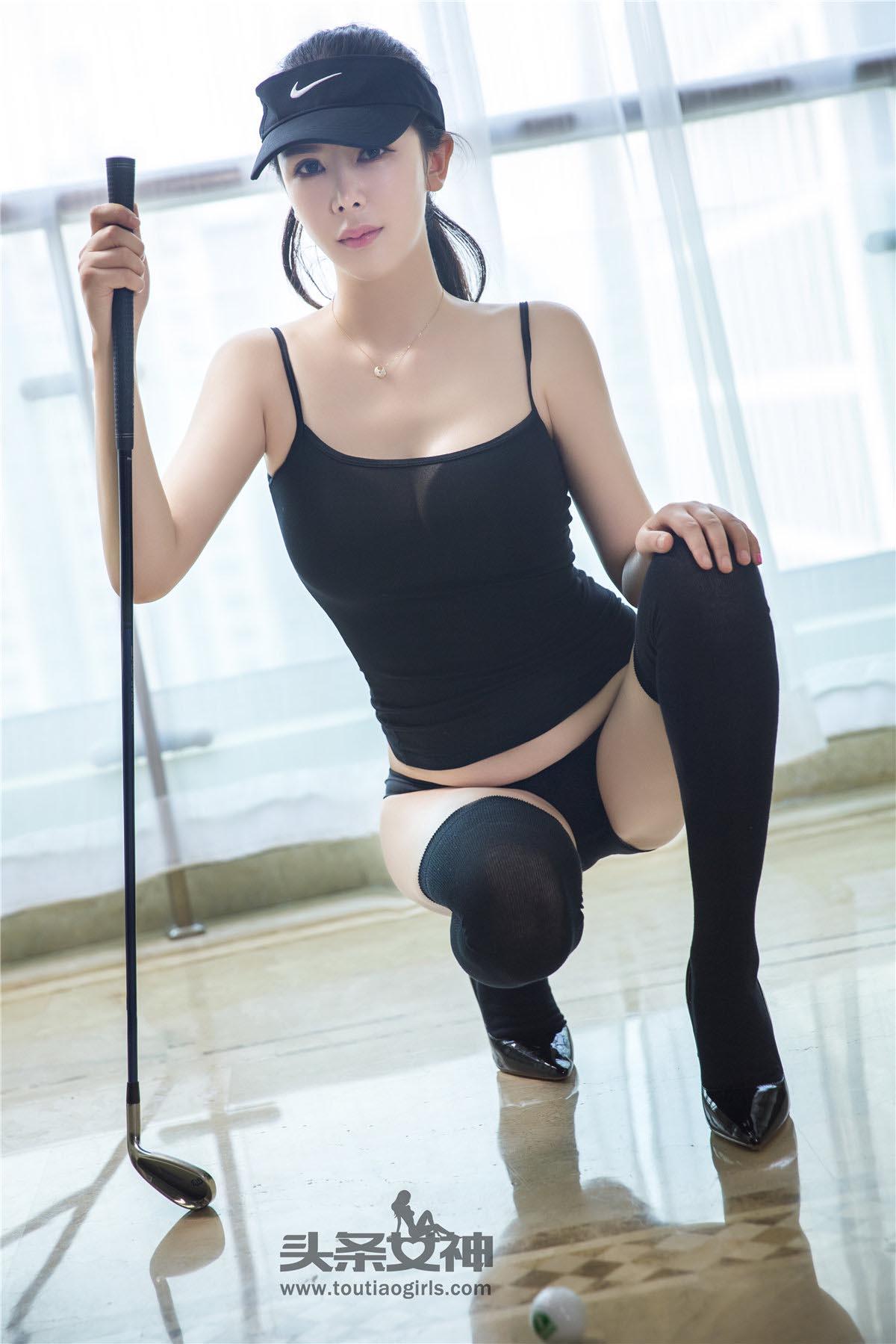 李丽莎培训高尔夫集训一身黑紧身装20P