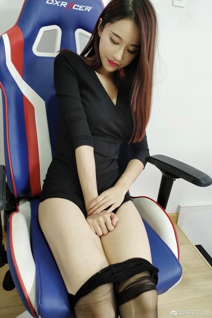 美女日B视频_轩子巨2兔长腿黑丝精选福利照 - 拍照片 - Page 2