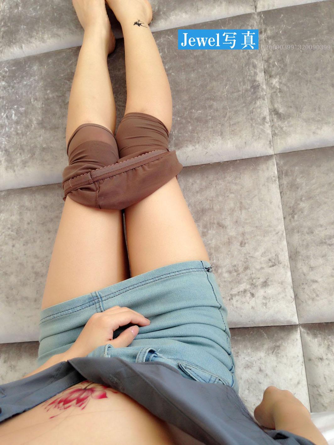 Jewel雪婷原创私拍,短裙灰丝的诱惑