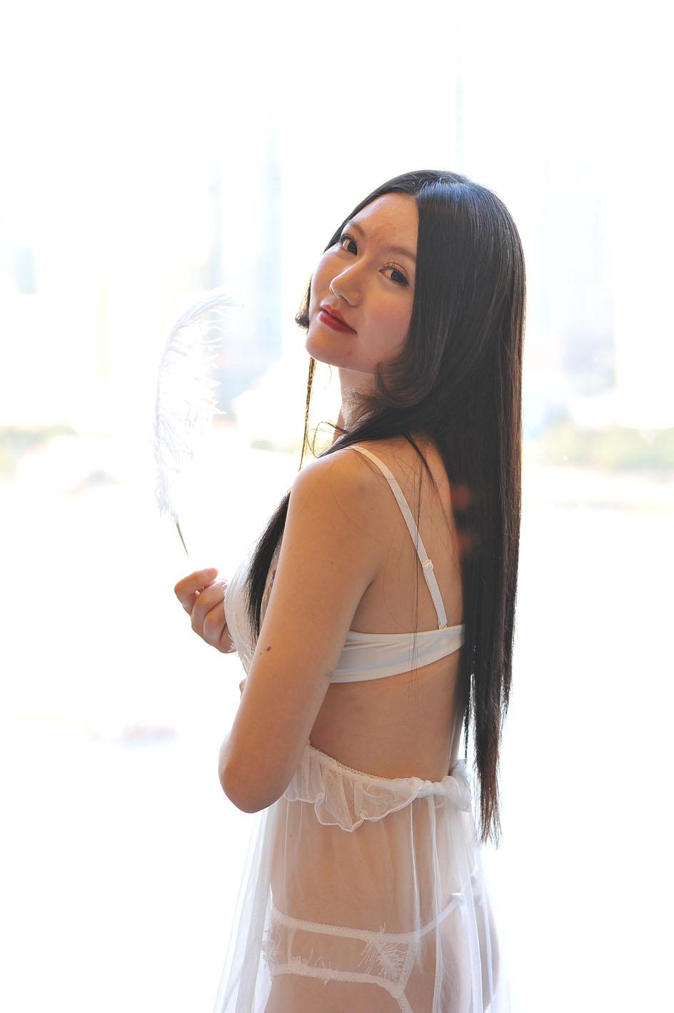 严佳丽丝库摄影1
