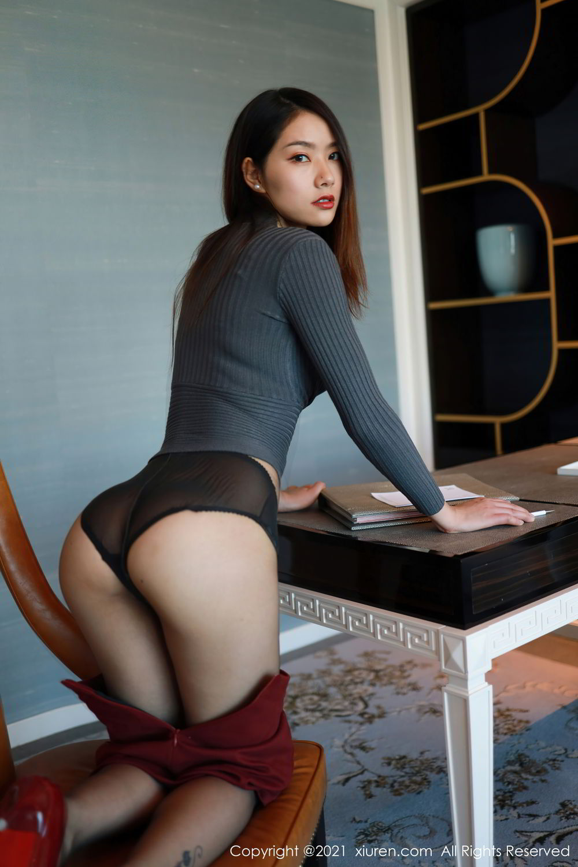 秀人网 NO.3471 方子萱酒红短裙黑丝OL
