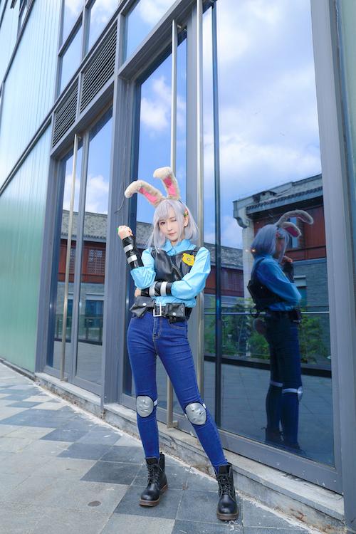 清纯萝莉cosplay4